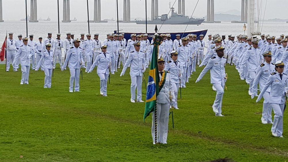 Imagem formatura ex-alunos MCA Marinha